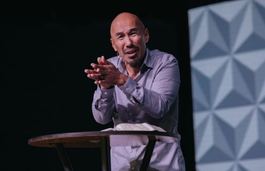 Churches need to care less about numbers and more about preaching the truth - Francis Chan