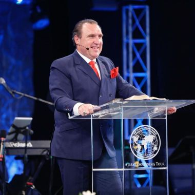 Pastor Rodney Howard-Browne